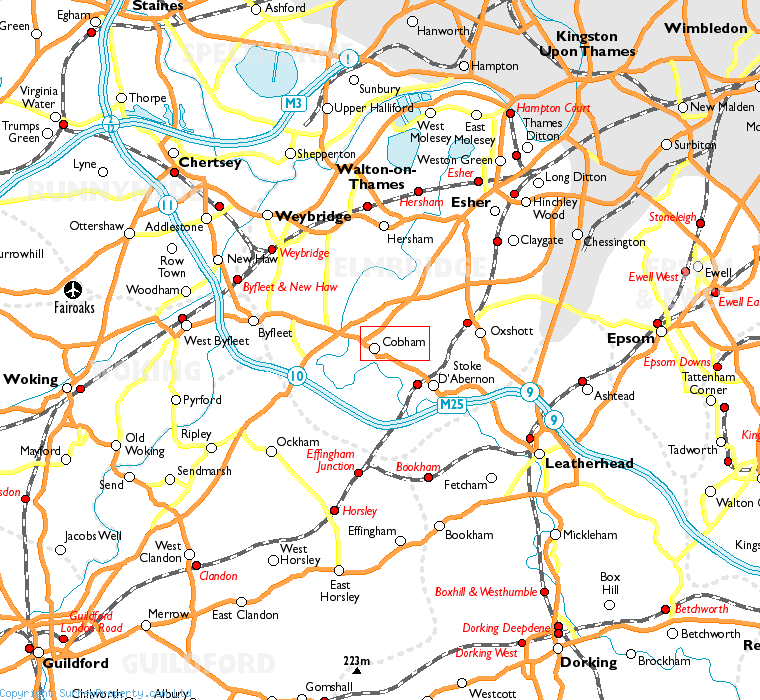 Cobham in relation to neighbouring towns