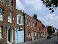 Buildings, Farnham