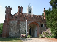 Gatehouse, Farnham