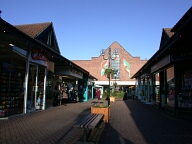 Shops, Caterham