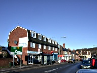 Whyteleafe - population: 2,722