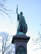 Statue of Queen Victoria, Esher