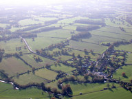 Aerial photograph of Settlement between Reigate and Horley
