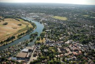 Aerial photograph of Thames Ditton