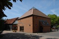 Riverhouse arts venue, Walton